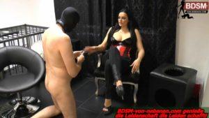 BDSM Arsch zu Mund Bestrafung für Sklaven