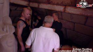 Swingende deutsche Paare bei Orgie im Swingerclub