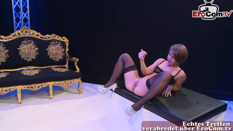 Edelnutte Sasha Zima beim Arschfick Gangbang