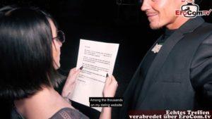 One Night Stand gefilmt mit heißer Studentin