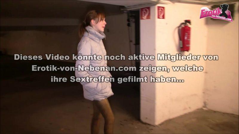Garagen Sex mit Mädchen von Nebenan Anny-Aurora